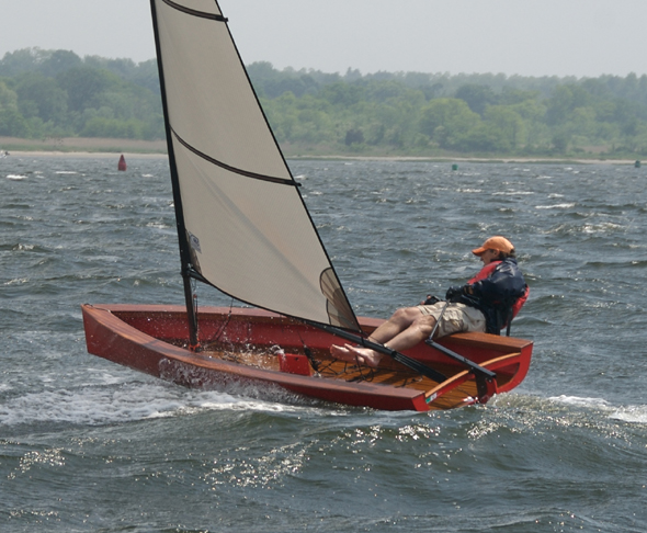 Re: 4.3m (14ft) car-toppable sailing dinghy?